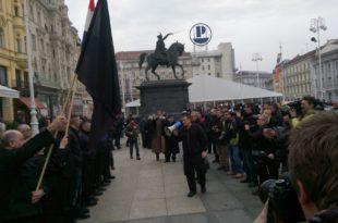 Усташе марширају Загребом док се ЕУ чешља