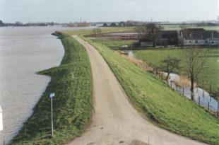 Ала ти Вучићу лупеташ као Максим по дивизији, Холандија је 10 метара испод нивоа мора па нема поплава у задњих 40 година!