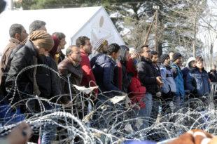Мигранти у Србији: Загреб не да напред, Скопље брани назад
