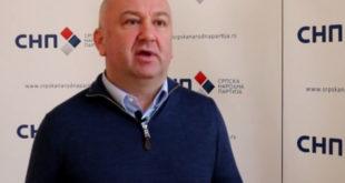 Распад у СНП-у, Ненада Поповића напустили челни људи