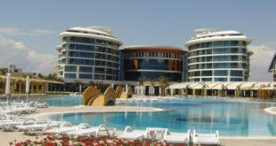 """Турци масовно затварају хотеле, """"горе је од најгорег"""" јер ове године само на туризму имају губитак од 12 милијарди долара 14"""