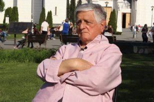 """Дејан Мијач у 57 секунди објаснио како се """"опрао"""" радикал Вучић из '90. (видео) 7"""