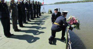Припадници Речне флотиле данас су обележили седамдесет пету годишњицу херојског отпора фашистичком агресору 9