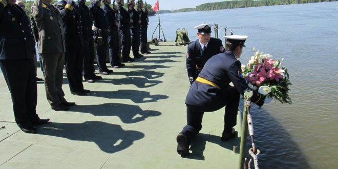 Припадници Речне флотиле данас су обележили седамдесет пету годишњицу херојског отпора фашистичком агресору 1