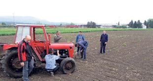 Кад су трактори дупло старији од ђака 7
