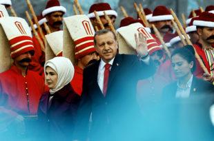 Ердоган: Непријатељи желе да нам се освете за заузимање Константинопоља 1453. године