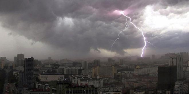 """Манипулише ли се светском климом (1): Тајанствене """"мреже"""" на небу"""