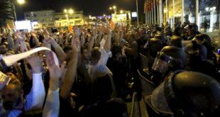 """Македонија """"кључа"""": Шарени револуционари почели одбројавање 9"""