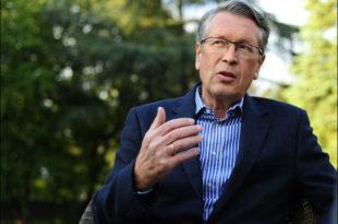 Александар Чепурин: Лажне демократе желе слабу владу