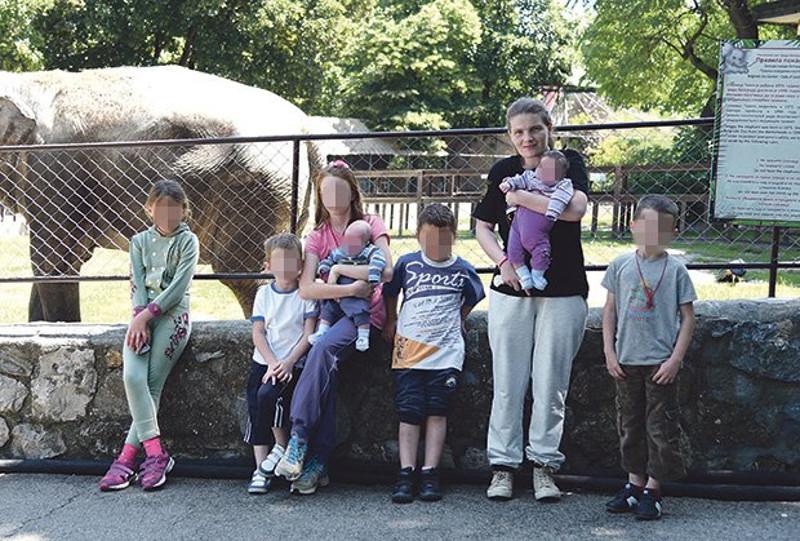 Посета зоолошком врту... Супруга Јелена с децом