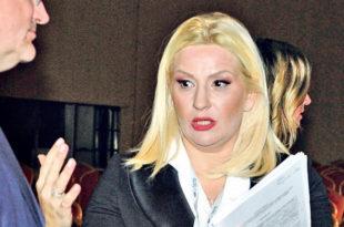 ЗОРАНА ПЉУНУЛА НА ЗАКОН: Михајловићева на муфте легализује стан на Дедињу!