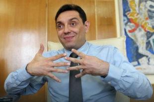 МУП одбија да испита како је Александар Вулин купио стан на Звездари у вредности од 230.000 евра