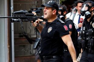 Ердоган увео ванредно стање у Истанбулу, у град уведено 1.800 припадника специјалне полиције