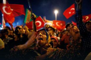 Министарство образовања Турске суспендовало преко 15 хиљада људи због везе са пучем