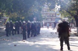 КУВА У ГРЧКОЈ: Сукоб националиста и полиције током марша муслимана (видео)
