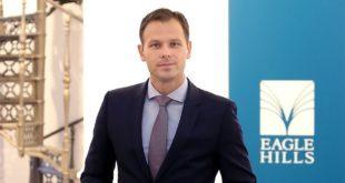 ПРЕВАРАНТ! Синиша Мали из буџета платио Фајненшл Тајмсу да хвали српску економију и њега лично
