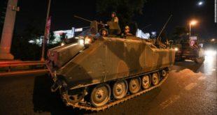 Турска у грађанском рату! Војни авион оборио војни хеликоптер над Анкаром 9