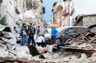 Земљотрес погодио Италију, један град више не постоји, 37 мртвих преко 100 несталих (видео) 5
