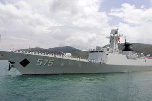 Кина одржава велике поморске маневре са три флоте (видео)