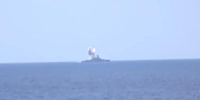 Из Медитерана крстарећим ракетама по терористима у Алепу (видео) 1