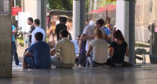 Родитељи издржавају 60 одсто младих у Србији 7