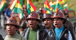 Боливија: Рудари до смрти тукли заменика министра унутрашњих послова 9