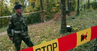 Родитељи гардиста које су побили у Топчидеру на стражи: Вучићева комисија није урадила ништа