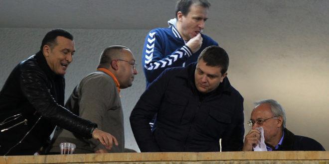 """И на јучерашњој утакмици Партизана, организоване групе пребијале навијаче који су викали """"Вучићу педеру"""" - Полиција није реаговала 1"""