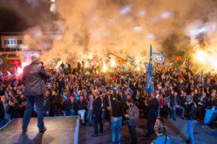 Андрија Мандић: Црна Гора се више не може заплашити - Ми или он!; Небојша Медојевић: Ђукановићу, мирно предај власт