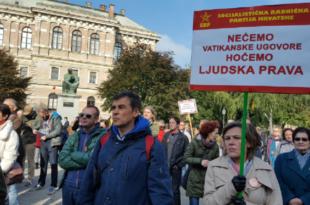 Демонстранти у Загребу траже раскид Ватиканских уговора 9