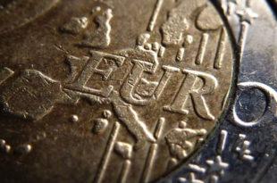 """Евро је """"клопка"""", дозволити земљама да га напусте"""
