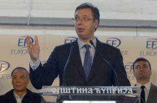 О којих 100 дана владе ти Вучићу брабоњаш? Па већ пет година урнишеш Србију, јавни дуг је повећан за 12.000.000.000 евра!