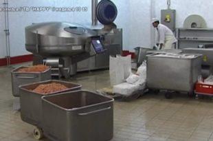 Становници Србије се систематски трују увозним канцерогеним МОМ - месом (видео)