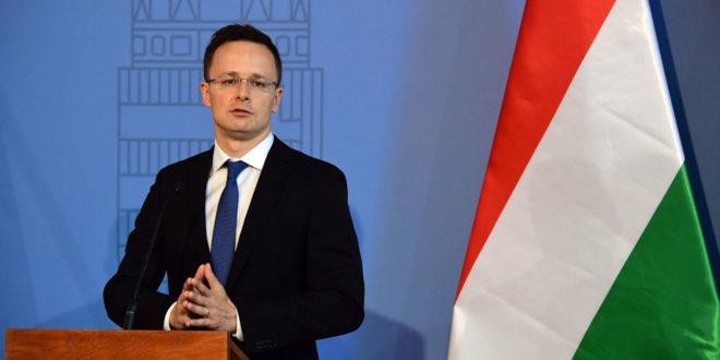 Будимпешта тражи од Украјине да Мађарима врати право на школовање на матерњем језику