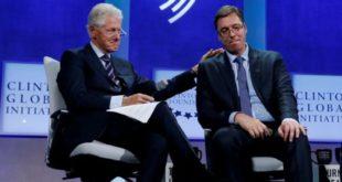 Лепо кажи људима да су Вучића Клинтонови и Сорош довели на власт и да је он глобалистички испрдак! 9