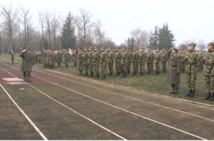 """Полагање војничке заклетве у касарни """"Аеродром"""" у Сомбору (видео) 10"""