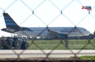 Отет либијски авион са 118 људи, отмичари претили екплозивом 10
