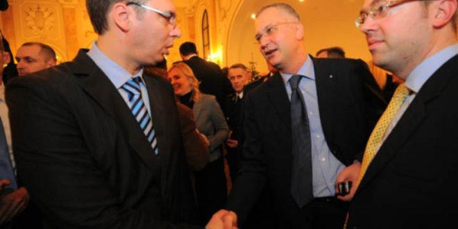 Вучић финансира кампању ДС у Београду са два милиона евра!