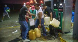 Читав Мексико на ногама због повећања цене горива од 20% (видео) 12
