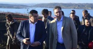 Тепић Грчићу: Објасните народу зашто је ЕПС у расулу