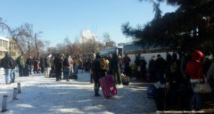 ЗЕМЉА СЕ ПРАЗНИ! Више од петнаест аутобуса јуче је из Новог Сада напустило Србију (фото) 6
