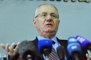 Шешељ објавио да је спреман да са напредњацима и социјалистима формира владу и буде - премијер