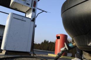 Држава са ненормалним порезима и акцизама на ТНГ уништава продају најчистијег енергента у земљи