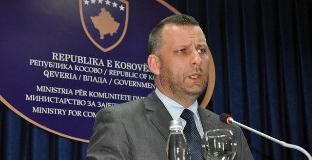 Српска издајничка фукара у служби Тачијеве нарко-терористичке банде подржала Вучићеву кандидатуру