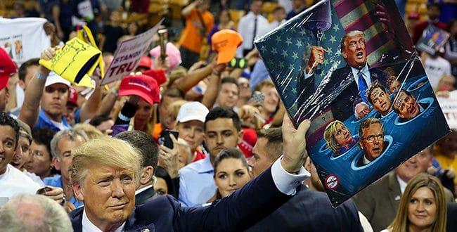 Трампа нападају са свих страна, али његови противници не схватају каквом ватром се играју 1