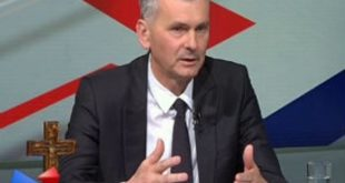 Стаматовић: Напредњачки лажови, нисмо ја и Коштуничина влада договорили продају земље странцима!