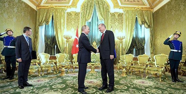 """Ердоган затражио да руске компаније буду ослобођене """"западних санкција и ограничења"""""""