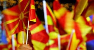 Заев се спрема за превремене изборе, партија Груевског ће га гонити и због лажирања референдума 9
