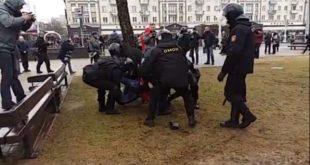 """Белорусија: Пелцовање """"обојене револуције"""" (видео)"""