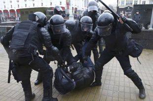 Координирани покушај ОБОЈЕНЕ РЕВОЛУЦИЈЕ: На удару Минск, Москва, Санкт Петербург, полиција похапсила на стотине људи (видео) 10